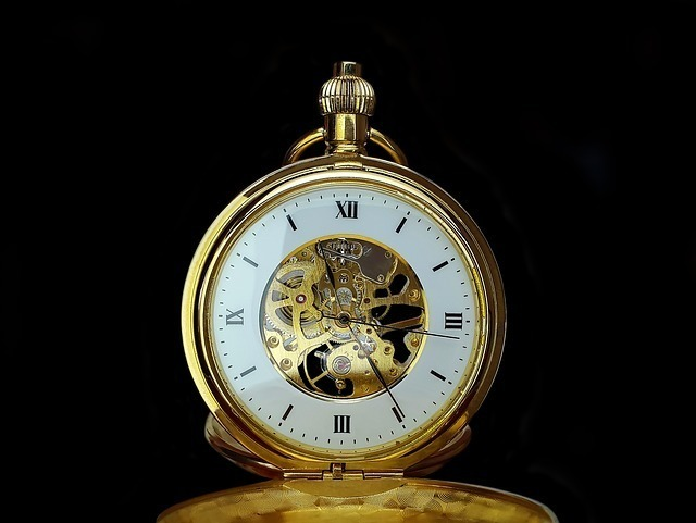 pocket-watch-2061228_640.jpg